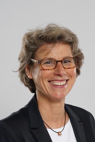 Prof. Dr. jur. Vera de Hesselle - Speaker bei Blasmusik.Digital - Die Online Akademie für Blasmusiker